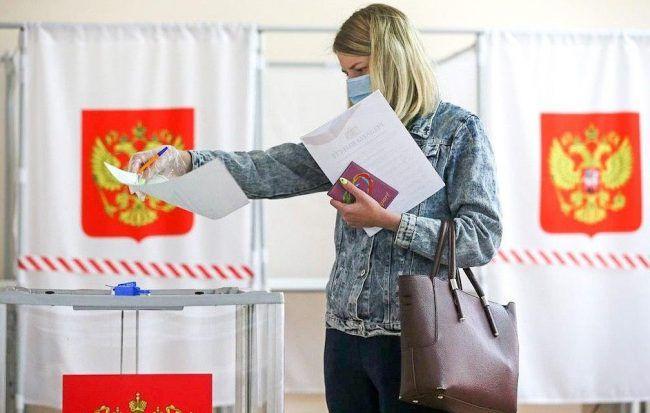 В МФЦ начался прием заявлений на голосование в выборах главы Коми по месту нахождения
