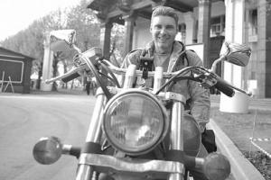 Стенин на своем мотоцикле 2012